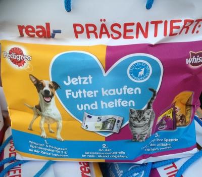 Futter(tüten) kaufen und helfen – tolle Spendenaktion bei real,- Heiligenhaus